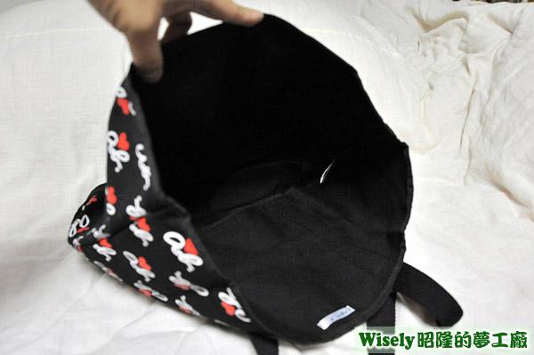 黑帆布提袋內裡