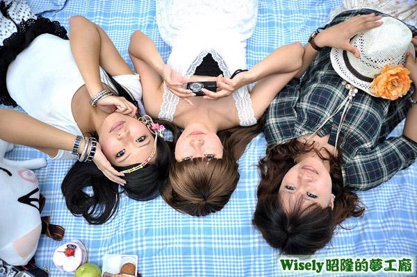 Yumi、愛哭鬼、小葵