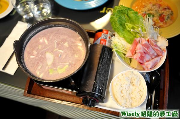 主廚私房紅酒奶香鍋(豬肉)