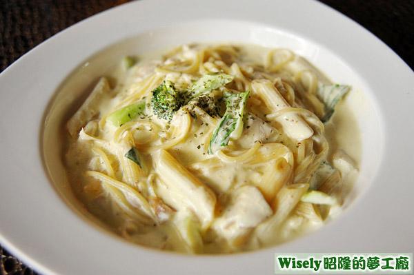 芥末奶油雞肉麵(管麵+細麵)