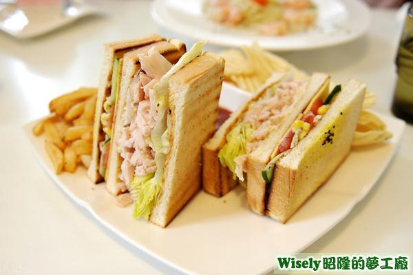 起司燻雞肉義式三明治(套餐)