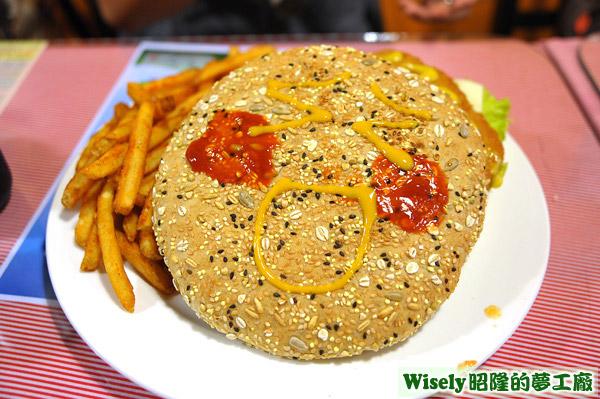 五穀麵包上的臉