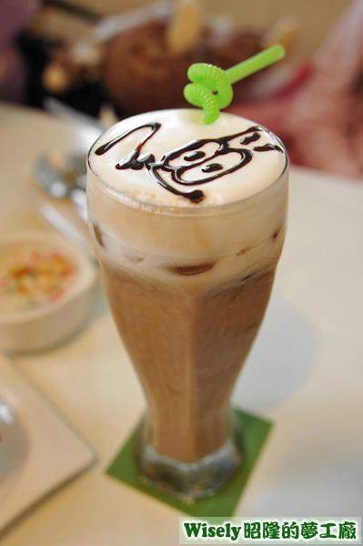 榛果特濃奶茶(冰)