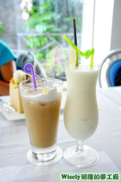 維多利亞伯爵奶茶(冰)、鳳梨優格果汁