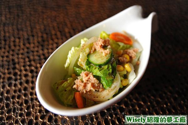 鮪魚和風沙拉