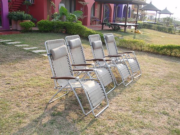 正好四人座的觀星椅(可惜當天晚上沒有星星)