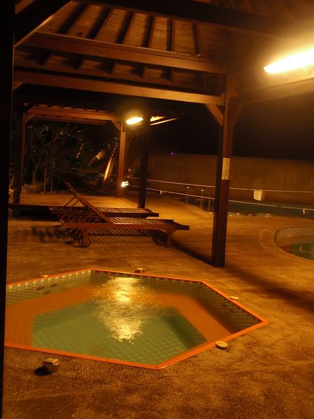 八村 Villa 館傳說中的 SPA 池(沒有想像中這麼豪華)