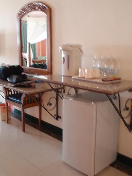 八村 Villa 館觀景四人房的小家電設施