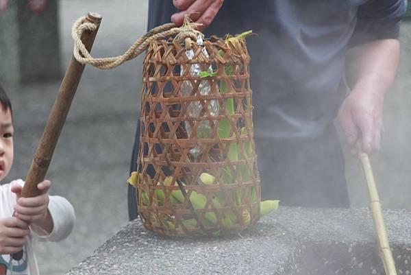 宜蘭清水地熱-煮溫泉蛋+玉米