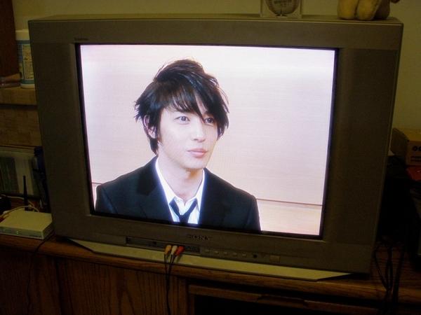這時我家的電視