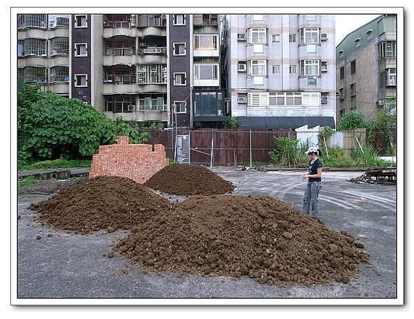 自己蓋花圃