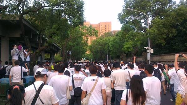 2013年8月3日「萬人白T凱道送仲丘」-1