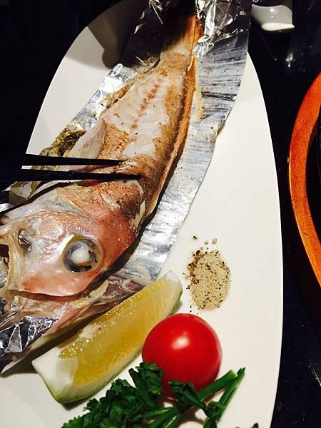 魚魚.jpg