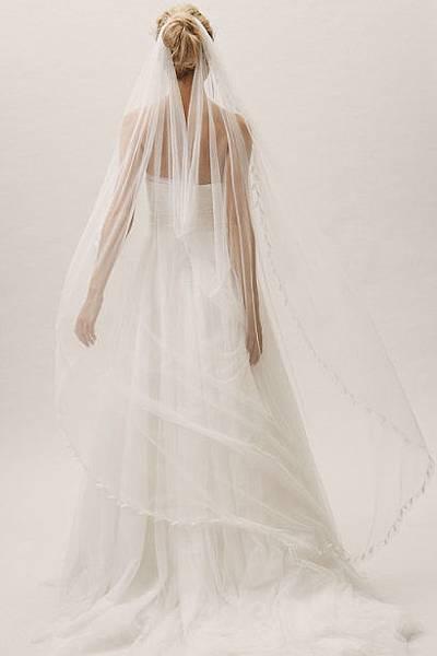 rachel veil back.jpg