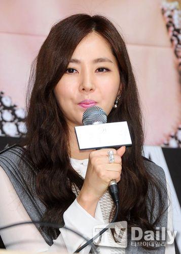 CNBLUE鄭容和、尹恩惠等出席《未來的選擇》製作發佈會