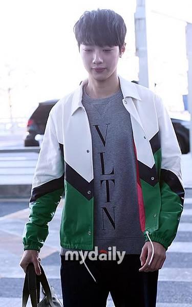 [MD PHOTO]WANNA ONE成員 賴冠霖飛往香港參加活動
