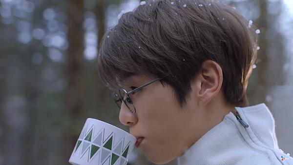 다비치 (DAVICHI) - 너 없는 시간들 (Days without you) MV 姜丹尼爾 강다니엘 哉圖