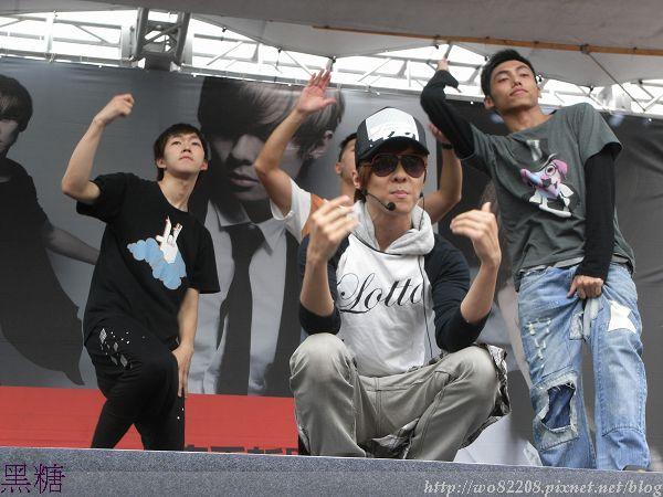 2010/06/20 禹哲  西門 紅樓 預購簽唱會  (( 彩排
