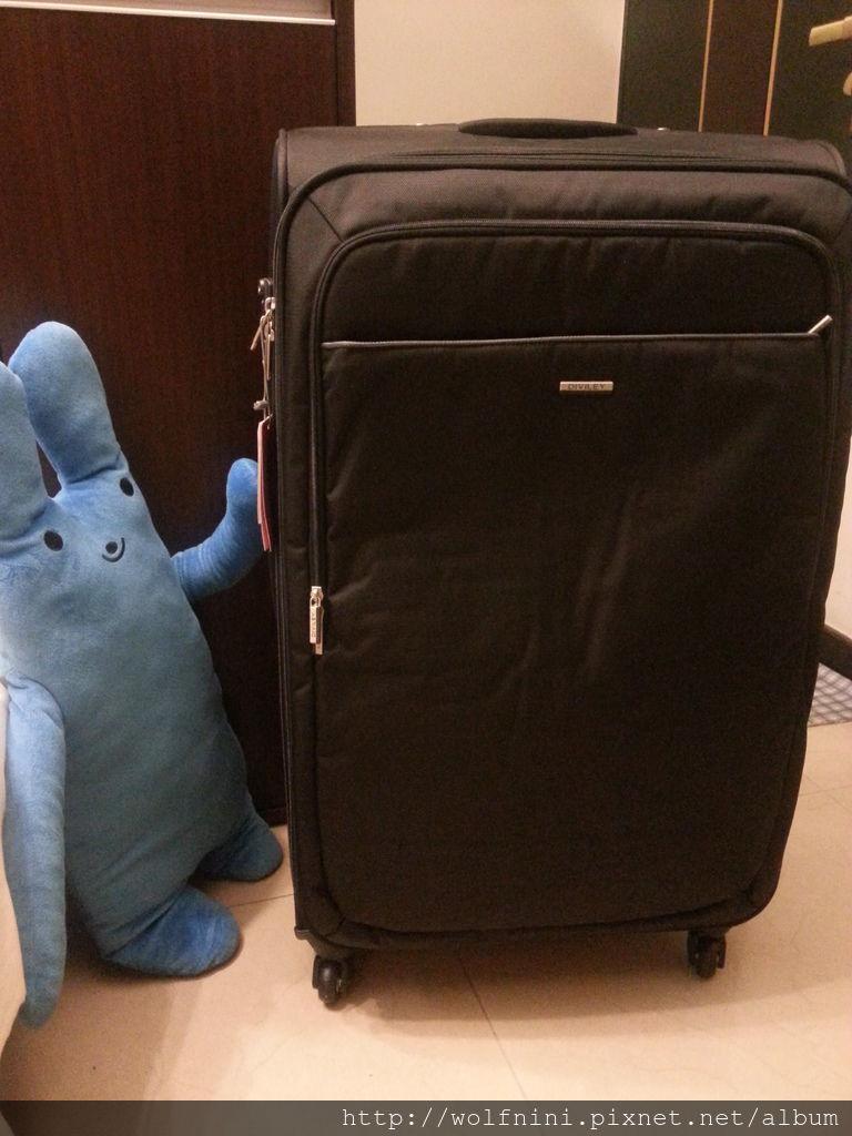 【花花不負責任開箱文】旅行的好伙伴-行李箱篇