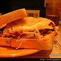 咸牛肉蛋三明治-2