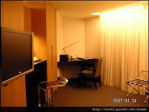 05-Room View(書桌)