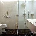 18-1137浴室View