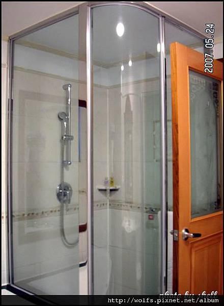 08-淋浴間