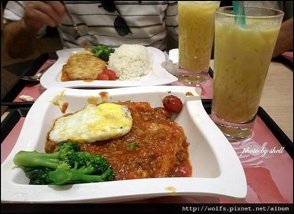 02-煎蛋蕃茄免治牛飯 HKD28.5