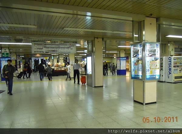 DSCN-1877-京城上野駅內.JPG
