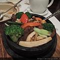 DSCN4220-乾鍋驢肉.JPG