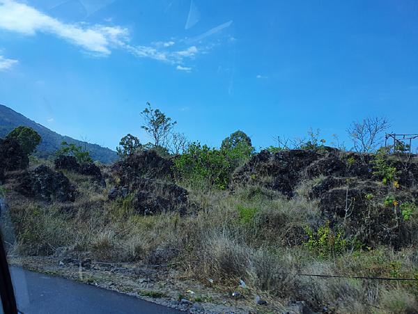火山湖1.png
