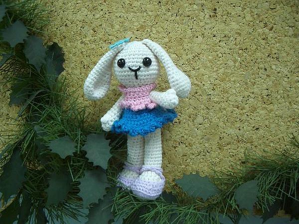兔兒,祝大家Happy兔Year!