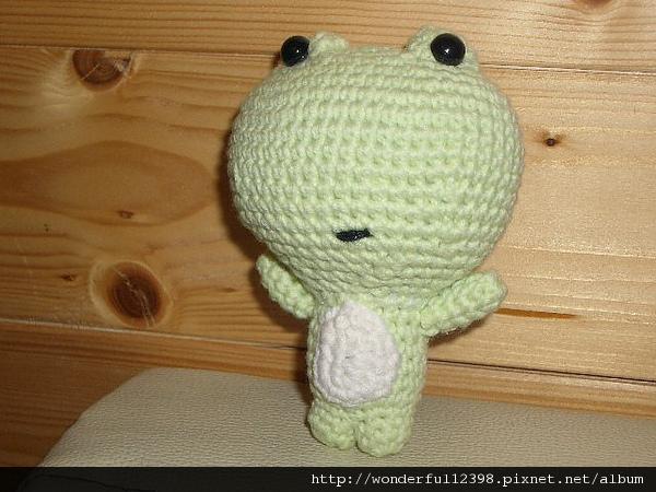 小青蛙~整型後~大目仔。
