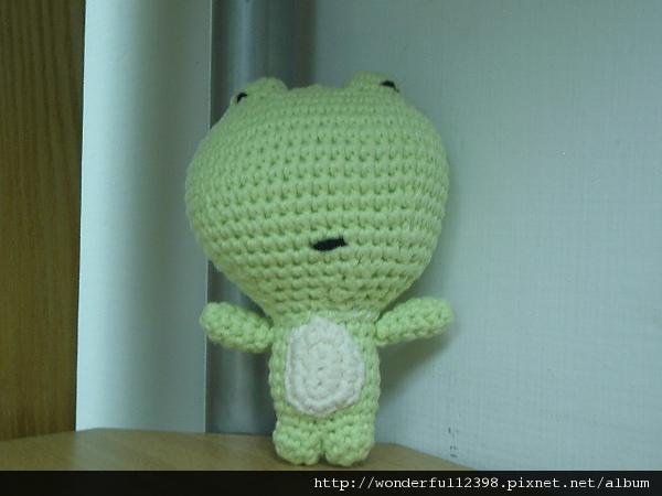 小青蛙~整型前~小眼睛。