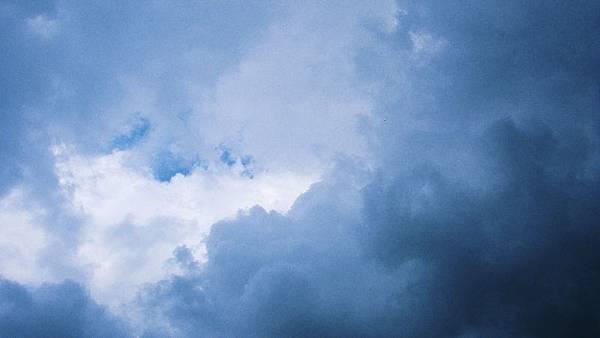 一言難盡的天空