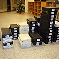 01 義賣的鞋子們.JPG