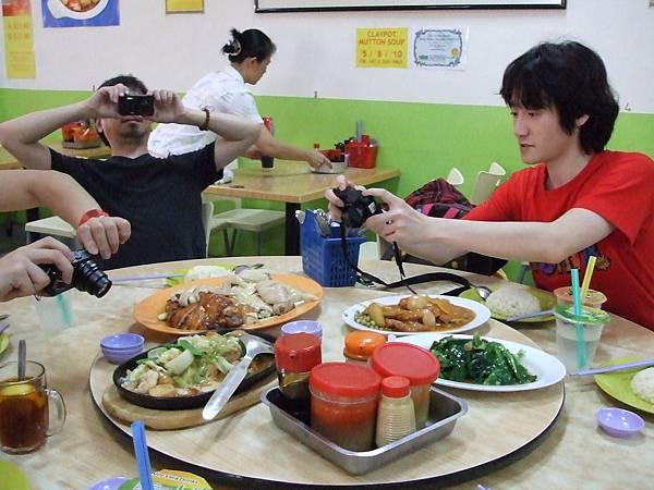 終於要吃到最喜歡的海南雞飯了