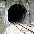 走不完的隧道