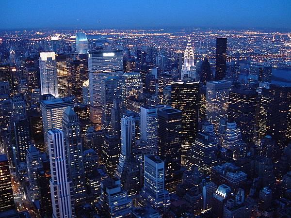 紐約大樓夜景