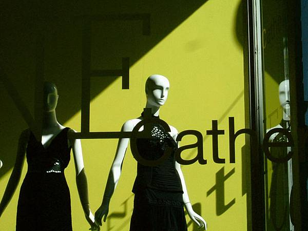 櫥窗裡的模特兒