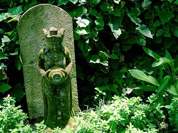 作為噴泉的佛像