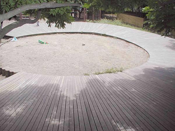 大坑體能運動場--沙坑遊戲區
