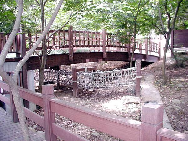 膠合樑11米木結構橋