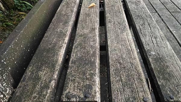 6樹林IPE案例---平台座椅 (1).jpg