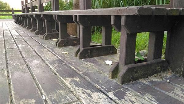 6樹林IPE案例---平台座椅 (4).jpg
