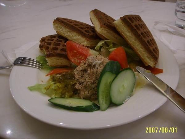 米朗琪咖啡館  / 鮪魚沙拉鬆餅