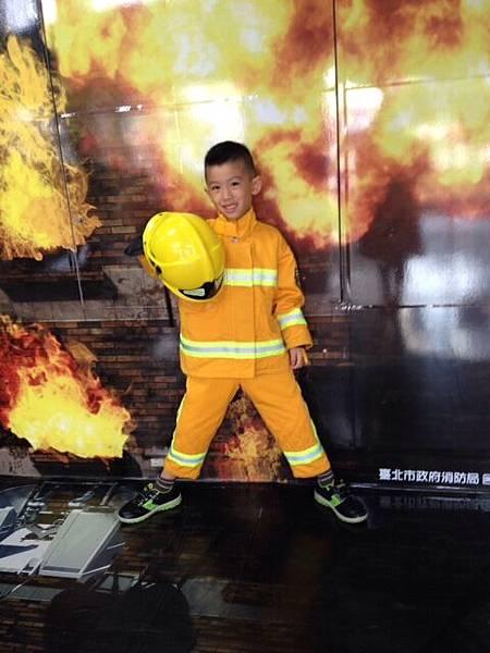 參觀消防局