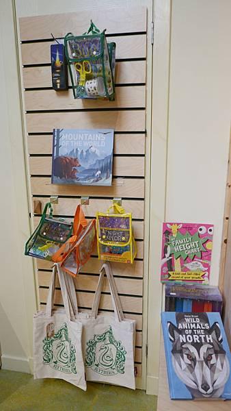 The Highland Bookshop-7%2F8