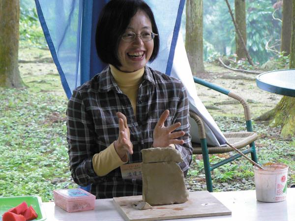 淨食營的陶塑老師