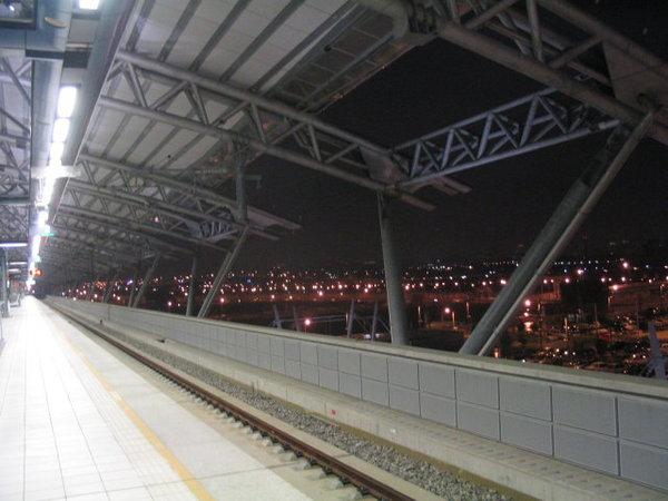 03-月台